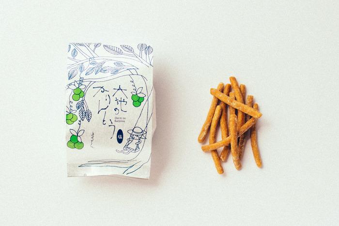 黒糖の優しい甘さが広がる「黒糖」、素材のおいしさ引き立つ「塩」、岐阜県春日村に伝わる在来種のほうじ茶を使った「天空の古来茶」の3種類。ティータイムに味を食べ比べしても楽しいですね。
