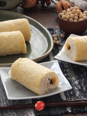 大きな油揚げで巻く、いなり寿司風の恵方巻レシピ。酢飯に柚子茶を使うのがポイントで、爽やかな香りと風味が楽しめます。
