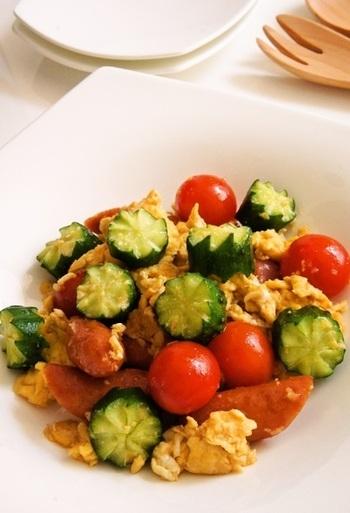 きゅうりの飾り切りは、お料理やサラダなどいろいろなものに活用できるのでぜひ覚えておきたいテクニックです。お弁当にももちろん使えますよ!