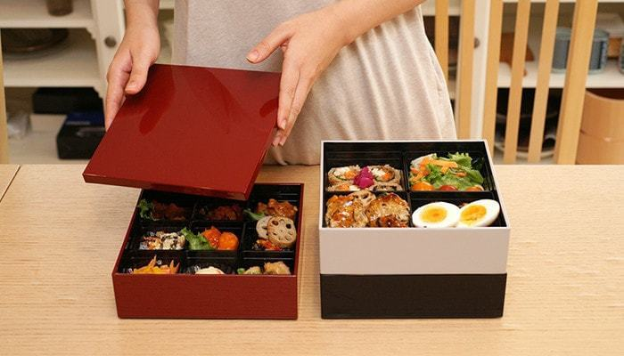 今年はおせち料理が映える重箱で、お正月をお祝いしませんか?重箱デビューに良さそうな、素敵な重箱のご紹介です。
