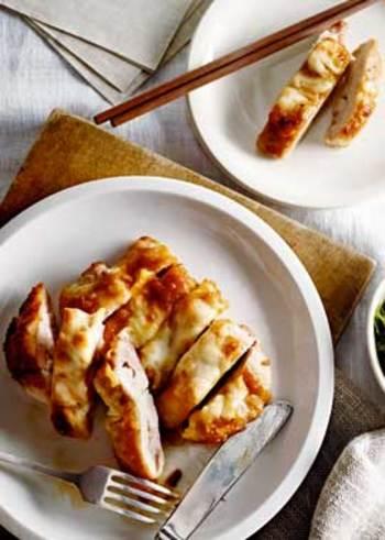味噌とチーズの和と洋の発酵食品を組み合わせた斬新レシピ。とっても簡単ですが、いつもと違った味わいで感動しちゃいます。ワインにもビールにも合うのでおもてなしにもどうぞ。
