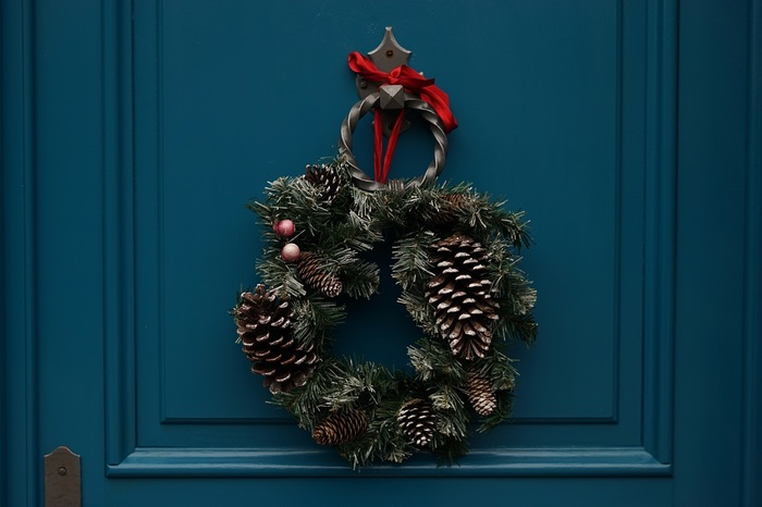 いかがでしたか?さり気ないアイテムから大人っぽいアイテムまで。幅広いアイテムを見ていたら、クリスマスってもっと自由に楽しんでいいんだなと気づかされますよね?ぜひ今年のクリスマスはあなたらしい演出にチャレンジしてみてくださいね。
