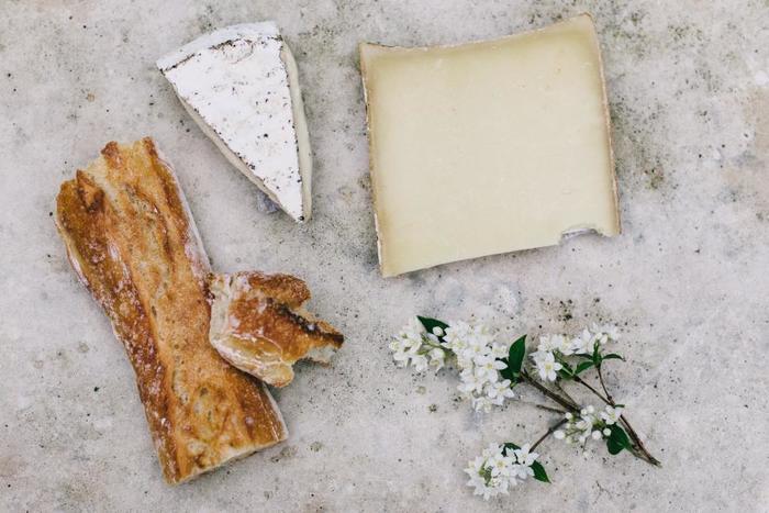 サンドイッチのメイン具材はやっぱりチーズ。