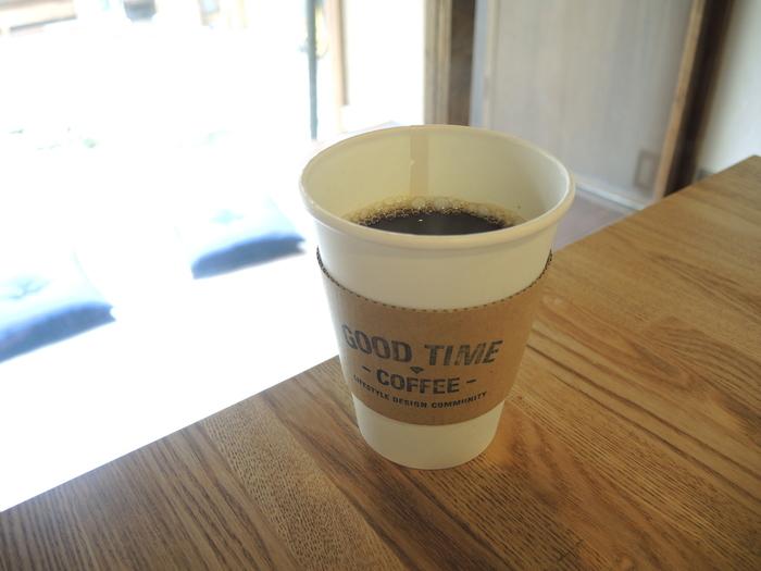 ドリップコーヒーは少し大きめのカップに一杯ずつ丁寧に淹れています。他にもラテやカフェモカ、ソイラテなどがあるので季節に合わせて色んなドリンクを飲んでみたいですね。