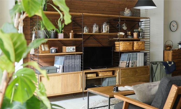 理想の家具を探しているけど、なかなか出会えない・・・そんな人も多いのではないでしょうか?サイズや収納力、家具に求めるものは人それぞれです。そんなわがままに答えてくれるのが「R.U.S」。あらゆるパーツを組み合わせて、あなたにぴったりの家具を作ることができます。