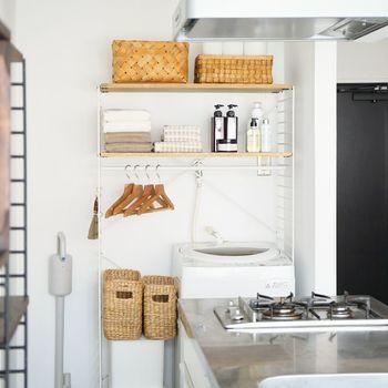 ランドリースペースの空間、有効に活用していますか?こんなアイテムがあれば、洗濯機の上やサイドも効率的に使えそう。