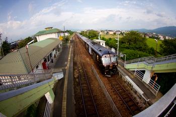 田主丸駅は、JR九州・久大本線の駅です。昭和3年(1928年)に、福岡県久留米市田主丸町で開業されました。