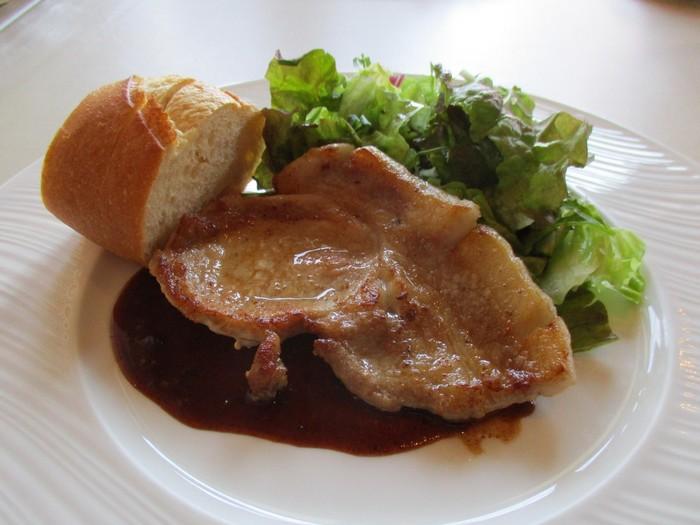 こちらでは、メイン料理とパスタをそれぞれ選ぶことができる「選べるランチ」が人気!本格イタリアンをリーズナブルにいただけます♪