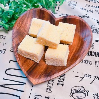 どうしてもパンが食べたい時におすすめの代替レシピがこちら!おからの粉を使って作るおからパン。レンジで簡単に作れるのも嬉しい!おやつとして持参しても良いと思います。是非お試しあれ!