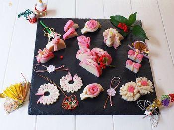 他にも、リボン・三つ編み・薔薇など、華やかなかまぼこの飾り切りにも挑戦してみましょう!