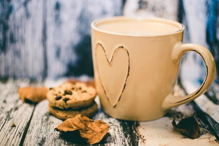"""一年に一度、大切な人へ思いを伝える""""バレンタインデー""""。今年は、自分自身に頑張ったご褒美としてホットチョコレートのプレゼントを贈りませんか?今回は、都内でホットチョコレートが楽しめるお店をまとめてみました。ホットチョコレートの甘い香りに包まれながら、心も体もポカポカな癒しのひとときを過ごしてみませんか♪"""