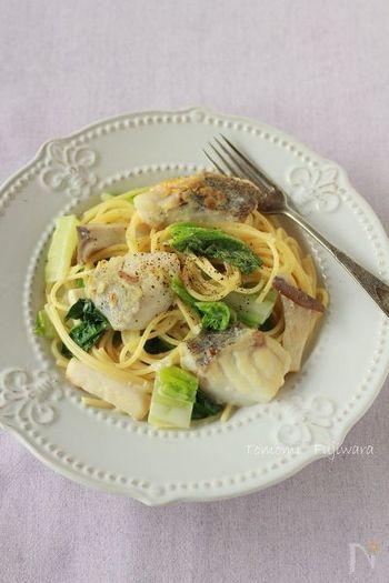 白菜を使ったクリームパスタは、豆乳で仕上げているので後味さっぱり♪休日のランチなどにおすすめです。タラも入って、白ワインとの相性も◎。