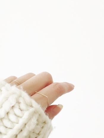 冬に映える鉄板カラー。「ホワイト×ホワイト」でつくるセンスアップ・コーデ