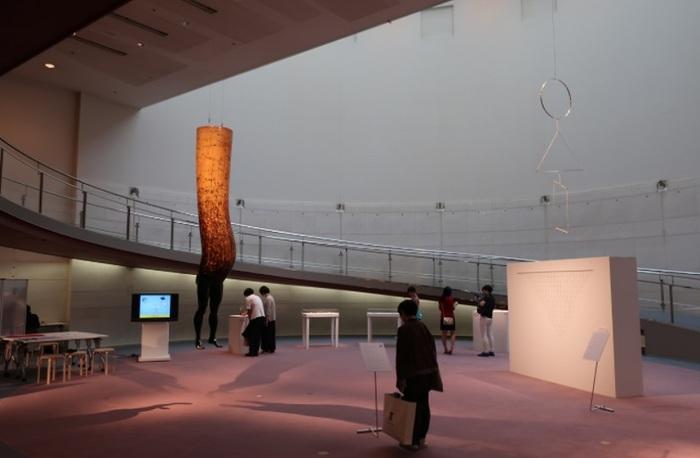 スロープでは、ギャラリーやイベントなど、何かしら開かれていることがほとんど。入場は無料。