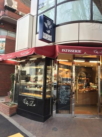 店内にバターの香りが漂う「シェ・リュイ 代官山」。 40年以上も続く老舗です。