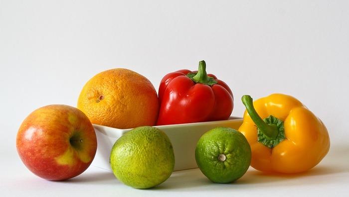水キムチに含まれる植物性乳酸菌の数はなんと約3億個!これは普通のキムチの約2倍もの数なんです。しかも水キムチの基本のレシピは、野菜だけでなくフルーツでも作ることができるのでレシピの幅も広がります。