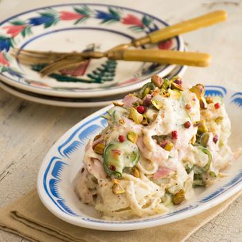ジャガイモとの相性も抜群!いつものポテトサラダも豆乳マヨネーズで作れば、とってもヘルシーに。