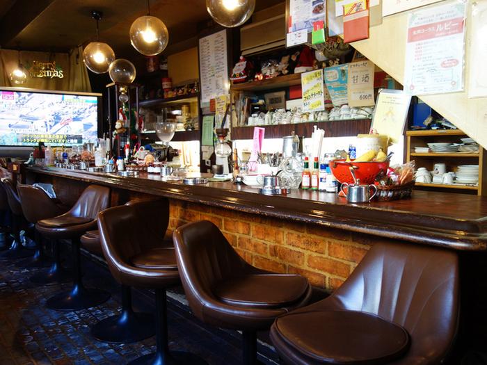 昔の映画に出てきそうな懐かしいレトロな店内。居心地も良く、ついつい足を運んでしまう喫茶店です♪