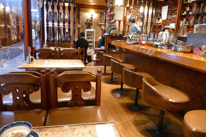 レトロな雰囲気の店内はどこをみても味わい深く、絵になる景色です。