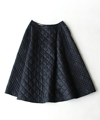 いかがでしたか?温もりとおしゃれ感が手に入るキルティングスカート。気になった方はさっそくトライして、冬のスカートスタイルをアップデートさせましょう!