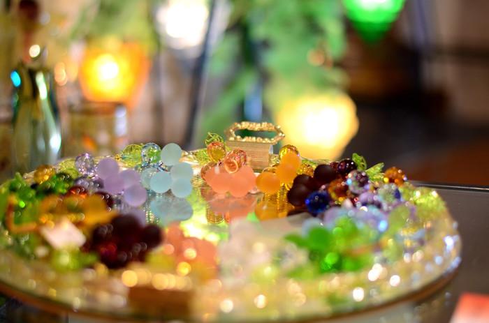 ガラスって、透明感があってカラフルでなんだか魅力的ですよね。ガラス作品を展示する美術館に行く機会はあまりないかもしれませんが、ガラス作品は、見れば見るほど味わい深いものばかり。美しい輝きを持つアート作品です。それでは、日本国内にある個性豊かで素敵なガラス美術館へとご案内しましょう。