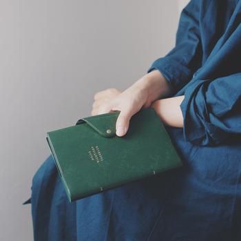 今回は新たな年に、さらなる幸運を引き寄せたい方へ贈る、具体的な手帳の書き方をご紹介します!