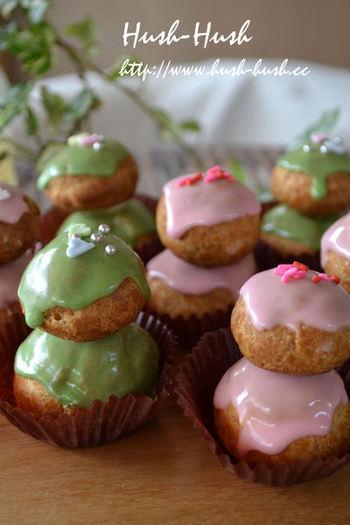 プチシューを重ねておひな様の可愛らしさを表現!シューの中には、生クリーム+カスタードクリームの他に、桜餡を加えています。シュークリームですが、和を感じられるスイーツに♪