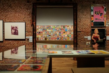 こちらは、2017年春の企画展「パロディ、二重の声 ―日本の一九七〇年代前後左右」。赤瀬川原平や横尾忠則など、時代を彩ったアーティストを中心とした絵画やマンガ、グラフィックが展示されていました。