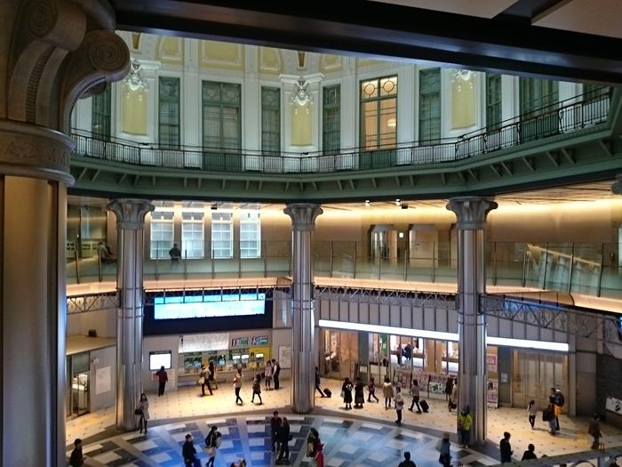 東京駅丸の内北口ドーム内、赤レンガ駅舎内にある小さな美術館『東京ステーションギャラリー』が誕生したのは、今から約30年前の1988年。絵画、彫刻、建築、デザイン、写真などさまざまなジャンルの企画展が開催されているのも魅力のひとつです。アートは難しい…と身構えずに気軽に鑑賞してみてはいかがでしょうか?