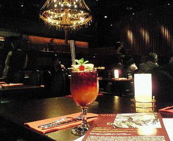 おいしいお酒とステキな音楽。これぞ大人の楽しみですよね。きっと忘れられない思い出になるのではないでしょうか?
