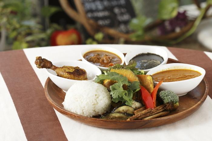 香食楽では、カレーによって効能が異なります。その日の体調に合わせて選んでみませんか?