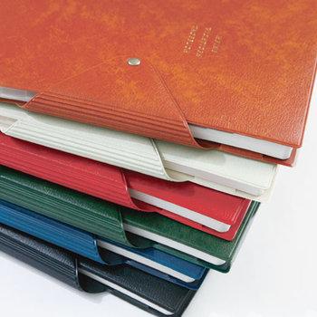 好みで選べる6色展開。しっかりとした造りで、一年使い続けられる耐久性があり安心です。