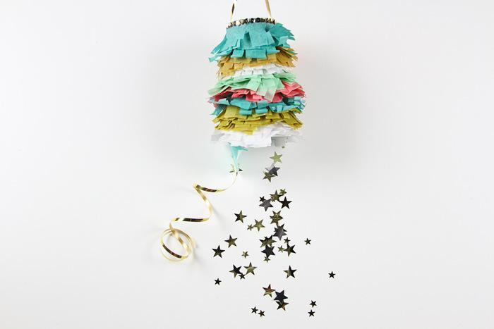アメリカやメキシコでは、ピニャータと言われるくす玉が誕生日パーティーの定番アイテム。