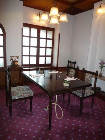 店内は大広間の他、大小・和洋あわせて7室の個室があり、座敷席や掘りごたつ、テーブル席などニーズに合わせて選ぶことができます。