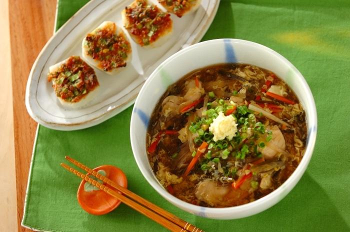 ご飯ものだけでなく麺類も食べたいという方には、だし香るショウガ風味のトロミうどんがおすすめ。消化のよいお野菜たっぷりのうどんに、ショウガが体を温めてくれる、風邪を引いたときにもおススメのメニューです。