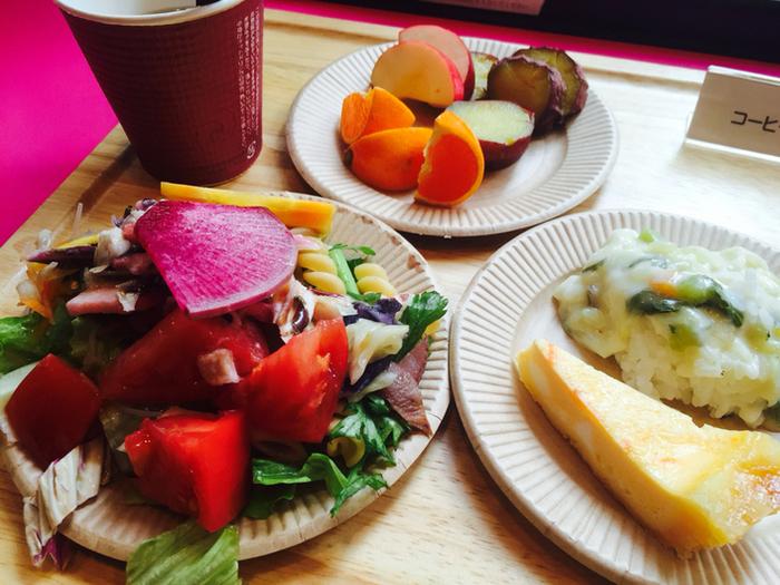 こだわりの野菜は見た目も鮮やかでおいしそう!ドリアやパスタ、スープもあるので、男性でも満足できそう♪