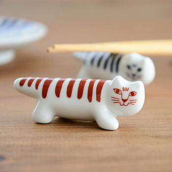 人気のデザイナー【LISA LARSON(リサ・ラーソン)】にもこんな素敵な箸置きがあります!なんと日本オリジナルのアイテム。外国のお客様にお出ししたくなりますね。