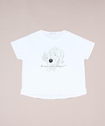 """""""Table talk 野菜食べてる?""""をテーマに、ファッションブランド「conges payes ADIEU TRISTESSE(コンジェ ペイエ アデュートリステス)」とコラボレーションして作られたTシャツです。"""