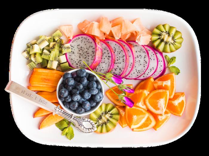 テーブルに登場するだけで、食卓が華やかになるカットフルーツや可愛らしい盛りつけ。今年はお店でカットされた物を買うより、自分でチャレンジしてみませんか?