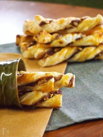 あんこをサクサクのパイで頂くのも美味しい食べ方の一つ。こちらはクルミが入っていてクルミの栄養も摂ることができます。あんことナッツの意外な相性の良さも堪能して♪冷凍パイシートを使うので材料の準備も簡単ですよ。