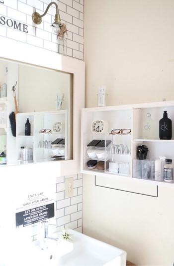 洗面所など十分な収納スペースがない場合は、ボックスを活用して新たにスペースを作りましょう。 ボックス収納ならオープンタイプで取り出しやすいのでおすすめです。