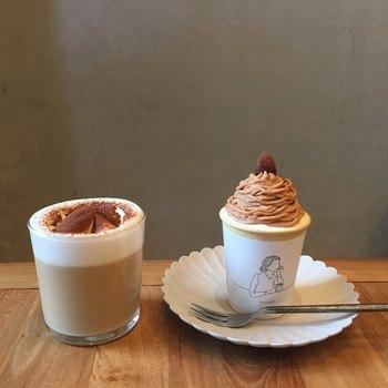 世田谷駅近くにある「BRICK LANE(ブリックレーン)」。雑貨も売っているとってもおしゃれなカフェです。ラテやコーヒーゼリーなども人気ですが、週末限定のカップケーキがとってもかわいいのです♪