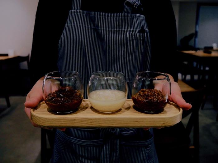 提供するメニューには、自然な甘さやコクは繊細で上品な自家製の発酵調味料を使っています。