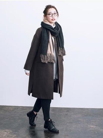 冬のワンマイルコーデは、パーカーの重ね着やマフラーなどの小物使いで、ぐんとおしゃれに変身します。ぜひご近所のお出かけの際に参考にしてみてくださね。
