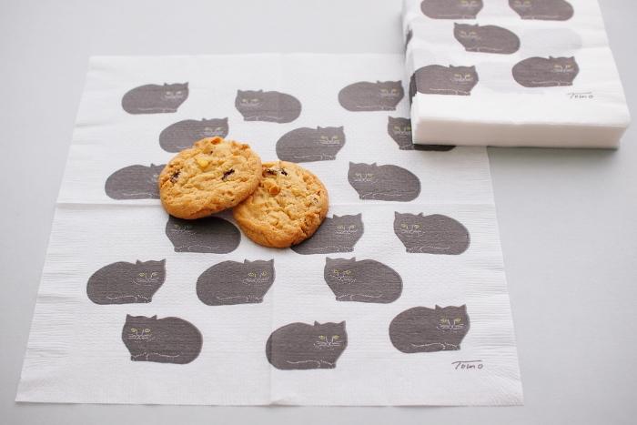 お菓子に合わせられるアイテムが何もない!という時でも、紙ナプキンさえあれば素敵なディスプレイになりますよ♪時間がない時にはぜひ活用してみてください。