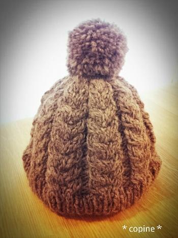 ざっくりしたニット帽はカジュアルスタイル好きの男性に喜ばれるアイテム。素敵な手編みのニット帽でさらに彼の心を掴んじゃいましょう。