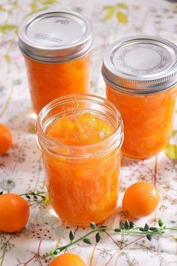 甘い完熟の金柑を使って作る、砂糖控えめのコンフィチュール。冬に摂りたいビタミンがたっぷりと詰まっています。
