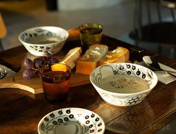 今回は、使いやすいだけでなく⾒て楽しい、触れて楽しい、オススメのスープ向けカップをご紹介します。冬ならではの、スープのある食卓を楽しんでください♪