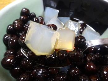 さらに、梅むらではこの「豆かん」も大人気。つやつやとした豆と寒天は、ほかにはないおいしさです。
