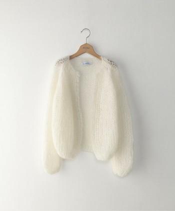 ニットやウール、フリースなど冬のファッションアイテムは、毛玉が気になって気軽にお洗濯できないものもありますよね。そんなときは、洋服ブラシでお手入れしましょう。